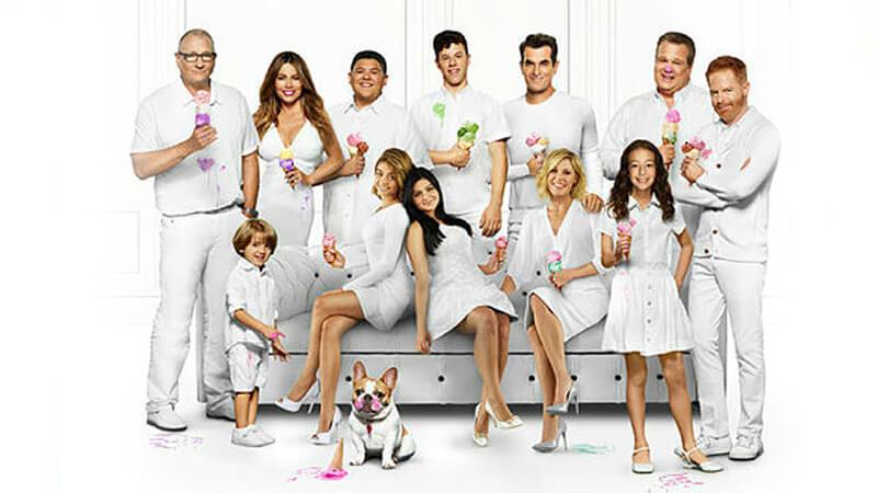 משפחה מודרנית - עונה 10 | © 2018-2019 Twentieth Century Fox Film Corporation. All rights reserved