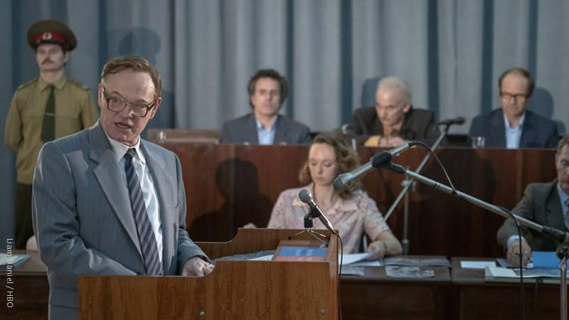 שחקנים בריטים שמנסים לדבר במבטא רוסי - הפעם זה עובד